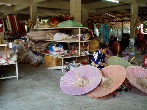 ボーサーンにある手作り傘の店