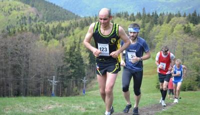 Běh na Radhošť pro Jiřího Žáka a Evu Skalníkovou