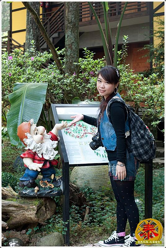 2011-04-02-03童話森林 (4)