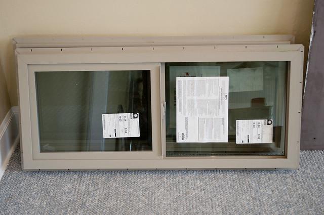 bungalow.windows.1037
