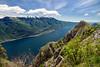Lago di Garda (Youronas) Tags: italien italy lake mountains alps canon landscape lago see garda italia berge 7d di monte alpen malcesine gardasee baldo 1585