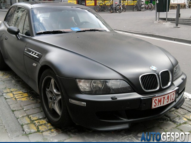 2000 M Coupe | Matte Black | Imola/Black