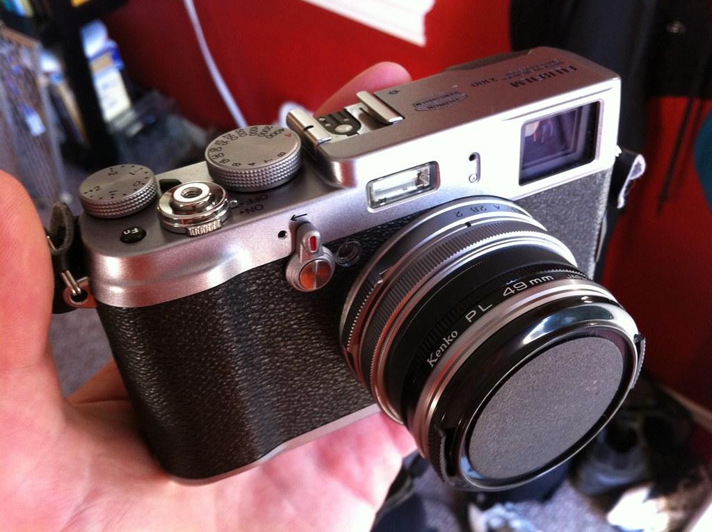 Fuji X100 DIY lens hood and polarizer configurations.