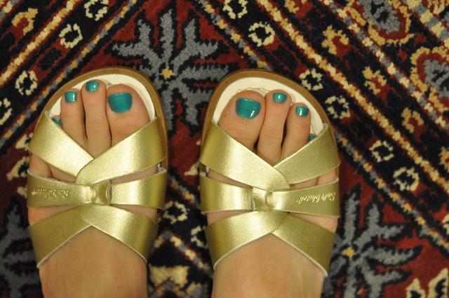dreaming feet