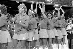 WK Hockey Dames 1986 (JaapWoets) Tags: holland hockey sport nederland oranje amstelveen worldchampion kampioen succes kampioenschap dutchteam internationaal sportief wereldkampioen wagenerstadion wkhockey1986 jaapwoets nederlandwereldkampioen dameshockeyteamnederland dameshockeyteam