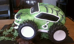 195837_10150486120290401_583525400_17472377_6921292_n (Kakes by Kari) Tags: cake monstertruck fondant