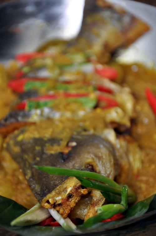 Ikan Patin Goreng Masak Cuka
