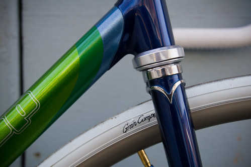 stainless fork crown