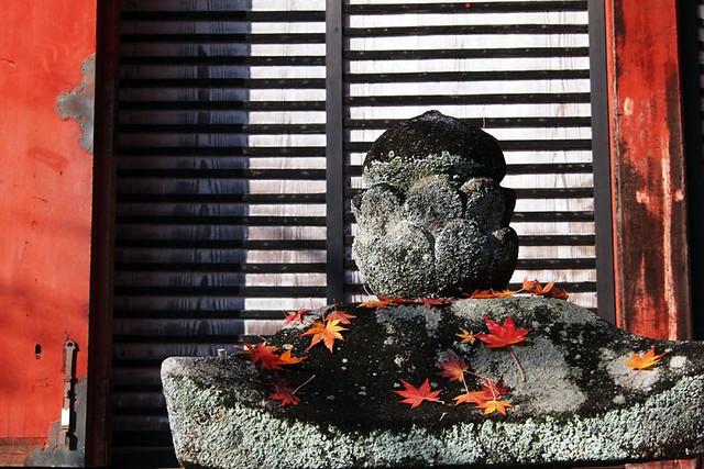 20101120_091409_談山神社_神廟拝所