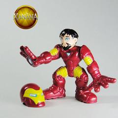 SuperHeroSquadIronManMark401 (Fabrica das Artes) Tags: man spiral spider dc iron action loki superhero batman brave heroes squad odin thor marvel combat league wolverine dcu galactic heores