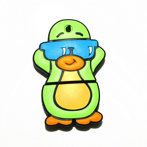 New Lovely Penguin Shape USB Flash Drives U-Disk