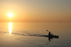 Kayak Sunset 2 (Simone Lovati) Tags: sunset sea pool kayak maldives