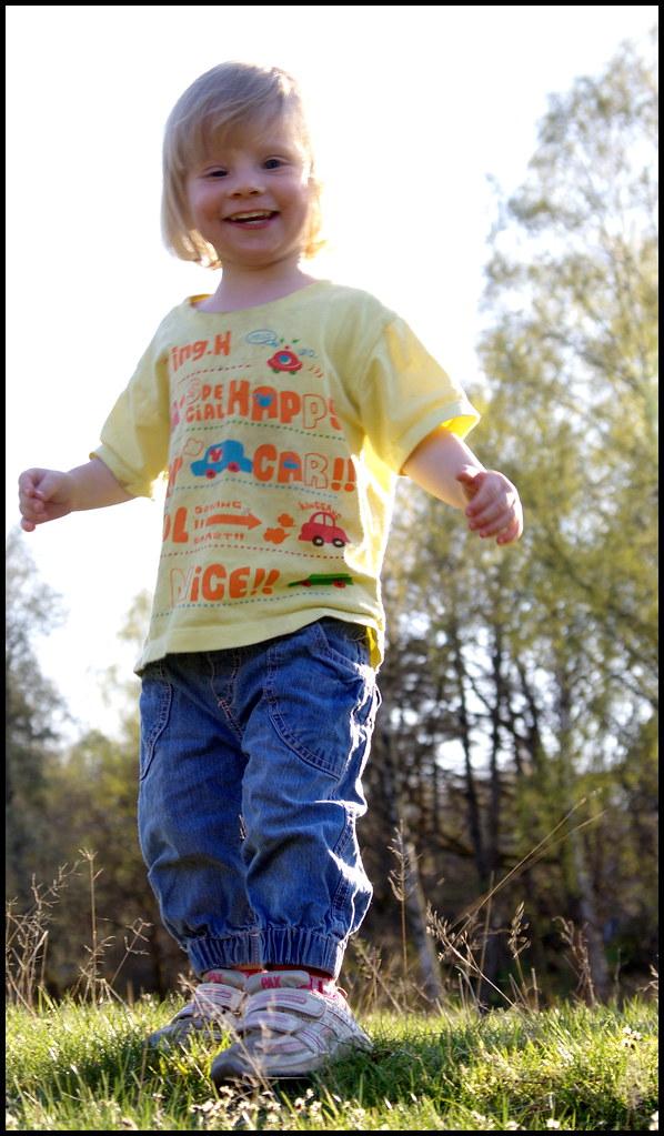 bf9d30ea7 Ella (pākiki) Tags  smiling barn fun kid kul sweden ella falkenberg leende  skipåsutflykt