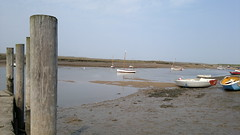 Burnham Overy Staithe (Gareth Wonfor (TempusVolat)) Tags: burnham overy staith boats sand water post nokia n8 mrmorodo gareth tempusvolat tempus volat flickr getty interesting image picture gw nokian8 cameraphone nseries mobilephone mobile phone wideangle 12mp 28mm f28 carlzeiss zeiss nokianseries beach seaside sea strand geotagged garethwonfor mr morodo wonfor