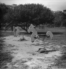 Parco di Monte Claro - Giochi (Hattori Hanzo75 (Xenotar)) Tags: sardegna 6x6 hp5 ilford cagliari 400iso frankasolida pellicola stampa analogico medioformato radionar29 pquniversal baritata d23j varyconfb