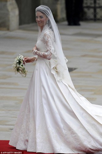 Kate Middleton's Gown 4