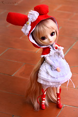 The New Cream (Rinoninha) Tags: cute outfit cream chips wig kawaii pullip coolcat peluca mymelody leeke pinkcocktail leekeworld rewigged rechipped tiphona