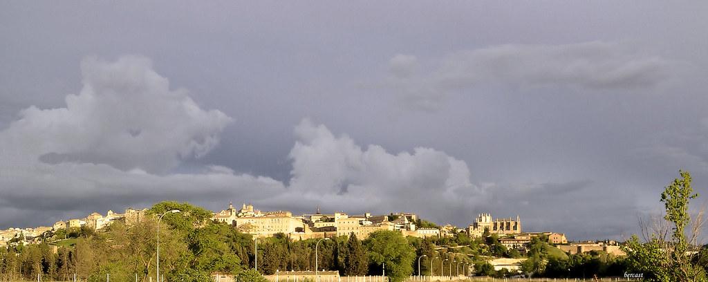 TOLEDE.Tolède après l'orage....panoramique