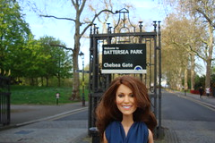 Princess Catherine Engagement Doll in London (Princess Catherine Doll) Tags: london toy doll princess kate royal tourist catherine british middleton arklu