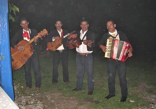 mariachis at the old hacienda san lucas in copan