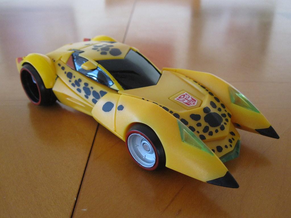Cheetor - Sports Car mode