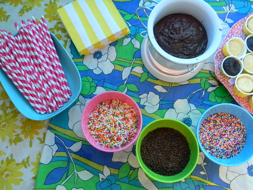 Summer Blog Party: Cupcake Fondue