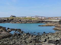 Treaddur Bay Headlands/Smiley's House (diedintragedy) Tags: uk sea seascape beach water wales landscape rocks headlands irishsea anglesey northwales treaddurbay