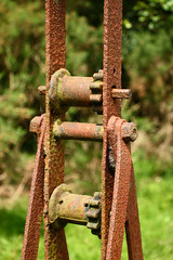 IMG_7897 (Sif 6) Tags: rust metalpost