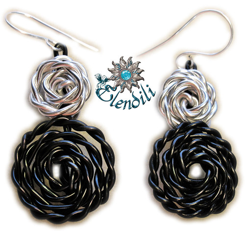 Pendientes doble rosa by **Elendili**