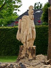 Homemade wood sculpture (Joe Thomissen) Tags: wood sculpture photography joe heuvelland zuidlimburg stgeertruid 664freedom thomissen herkenrade yahoo:yourpictures=sculptures