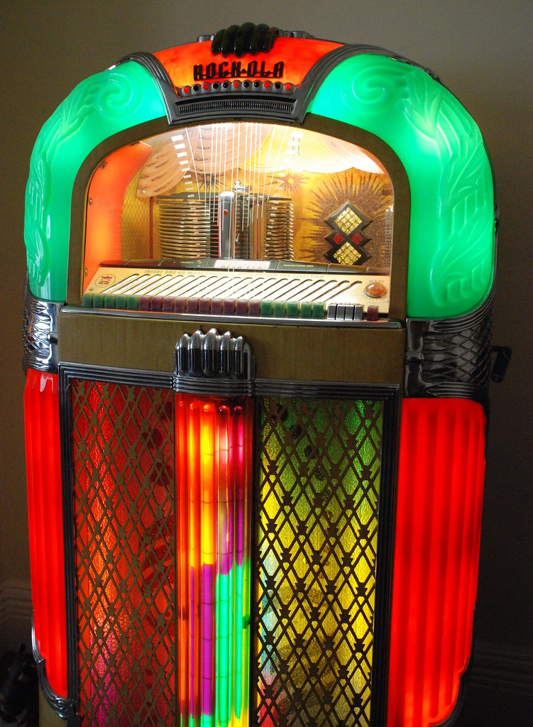 The World's Best Photos of jukeboxes and old - Flickr Hive Mind