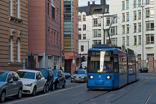 Durch die Müllerstraße wird einen Monat lang keine Trambahn mehr fahren — die Strecke wird endlich saniert.