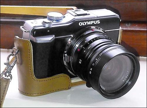 Olympus Pen E-PL1 Voigtlander 28mm f/2 Ultron