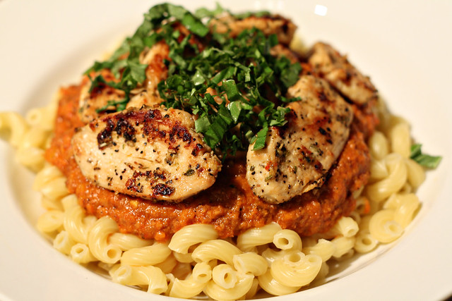 005 Roasted bell pepper sauce with Chicken over pasta