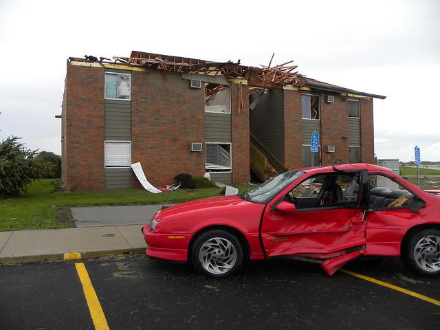 Creston, Ia   April 14th, 2012 Storm - Tornado