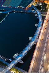 Pedestrian bridge, Singapore (varlamov) Tags: bridge evening bay nikon singapore d4 nikond4