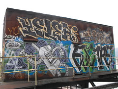 YELER ESCAPE (Anything for thee Shot) Tags: portland graffiti escape mattgroening yel yels yeler