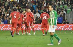 Gol de los guapos (Quico Prez-Ventana) Tags: cristianoronaldo ftbol realmadrid realbetis ligabbva estadiovillamarn