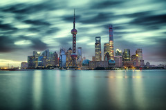 a city to love~ Shanghai (~mimo~) Tags: shanghai china bund pudong skyline asia color longexposure sunrise river huangpu clouds movement blur reflection green urban cityscape