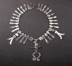 Alexander Calder, Omega necklace, ND
