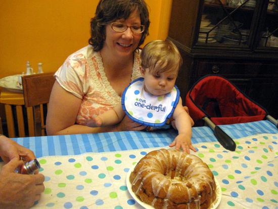Cake Touching
