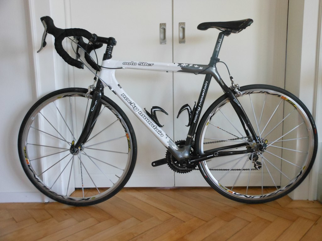 Road Bicycle Shoe Review