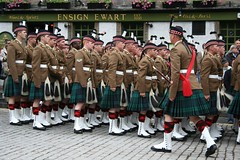 Armed Forces Day 2011 - The Argyll and Sutherland Highlanders (nearthecastle) Tags: uk army scotland pub uniform edinburgh boots military kilts armedforces tartan uniformed ensignewart armedforcesday theargyllandsutherlandhighlanders armedforcesday2011