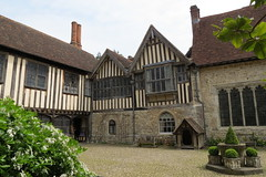 Ightham Mote (hugit4249) Tags: old house clock canon 1 kent timber paintings property ducklings grade suit national armor frame trust years 40 manor 700 moat armour chimneys sevenoaks listed lawns ighthammote sx ightham mote hugit4249
