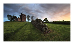 Balvaird Castle (SwaloPhoto) Tags: trees sunset panorama castle grass wall zeiss canon fence landscape scotland remember photographer availablelight year perthshire scottish historicscotland ze ancientmonument 2014 balvaird commended leefilters distagont2821 eos5dmkii distagon2128ze dday70thanniversary 6thjune2014 slpoty2014