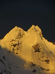 Jirishanca (6090m) at sundown.