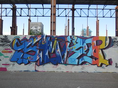 DSCN6876 (en-ri) Tags: stella muro wall writing torino graffiti blu arrow azzurro arancione biomega bazil smar sirtwo