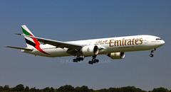 A6-ENL (Ken Meegan) Tags: dublin emirates boeing 777 boeing777 b777 777300 b777300 41370 boeing777300er 77731her b77731her boeing77731her 172014 a6enl