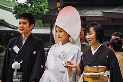 Wedding Couple (elenaleong) Tags:  meijujingu traditionalattire weddingcouple tokyo shintowedding elenaleong streetcapture  japanesebride whitekimono  hiragana  shiromuku