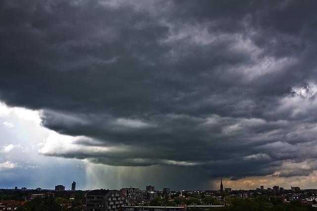 big stormcloud
